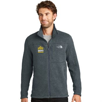 The North Face® Personalized Men's Sweater Fleece Jacket