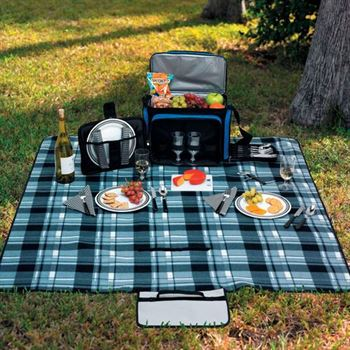 Roll-Up Picnic Blanket With Foam Lining