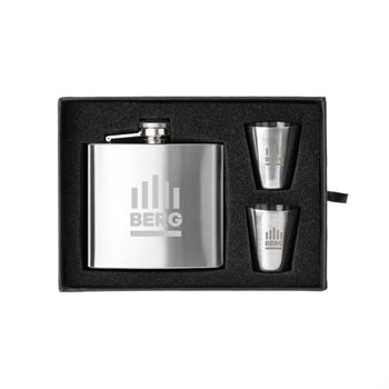 The Duncan Flask And Shot Glass Gift Set-Personalization Available